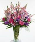 Delicate Pink and Lavender Vase Design