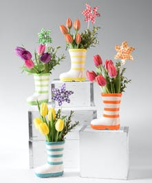 Choose from 4 different colors of this ceramic boot design with tulips and a whirly gig. Colors may vary.