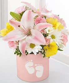 Sweet Dreams Bouquet -Girl